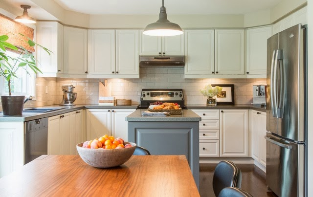 ten ways to update your kitchen before and after. Black Bedroom Furniture Sets. Home Design Ideas