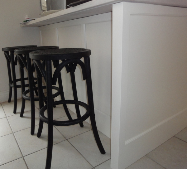 counter stools, peninsula, kitchen renovation