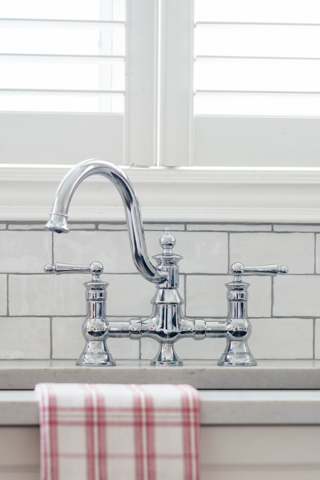 Moen\'s Waterhill High Arc Kitchen Faucet - Vanessa Francis Design